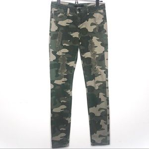 Forever 21 Camo Skinny Jeans Size 24
